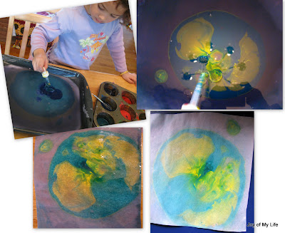 kids art paper marbling with cornstarch size