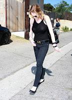 Lindsay Lohan si bluzita transparenta
