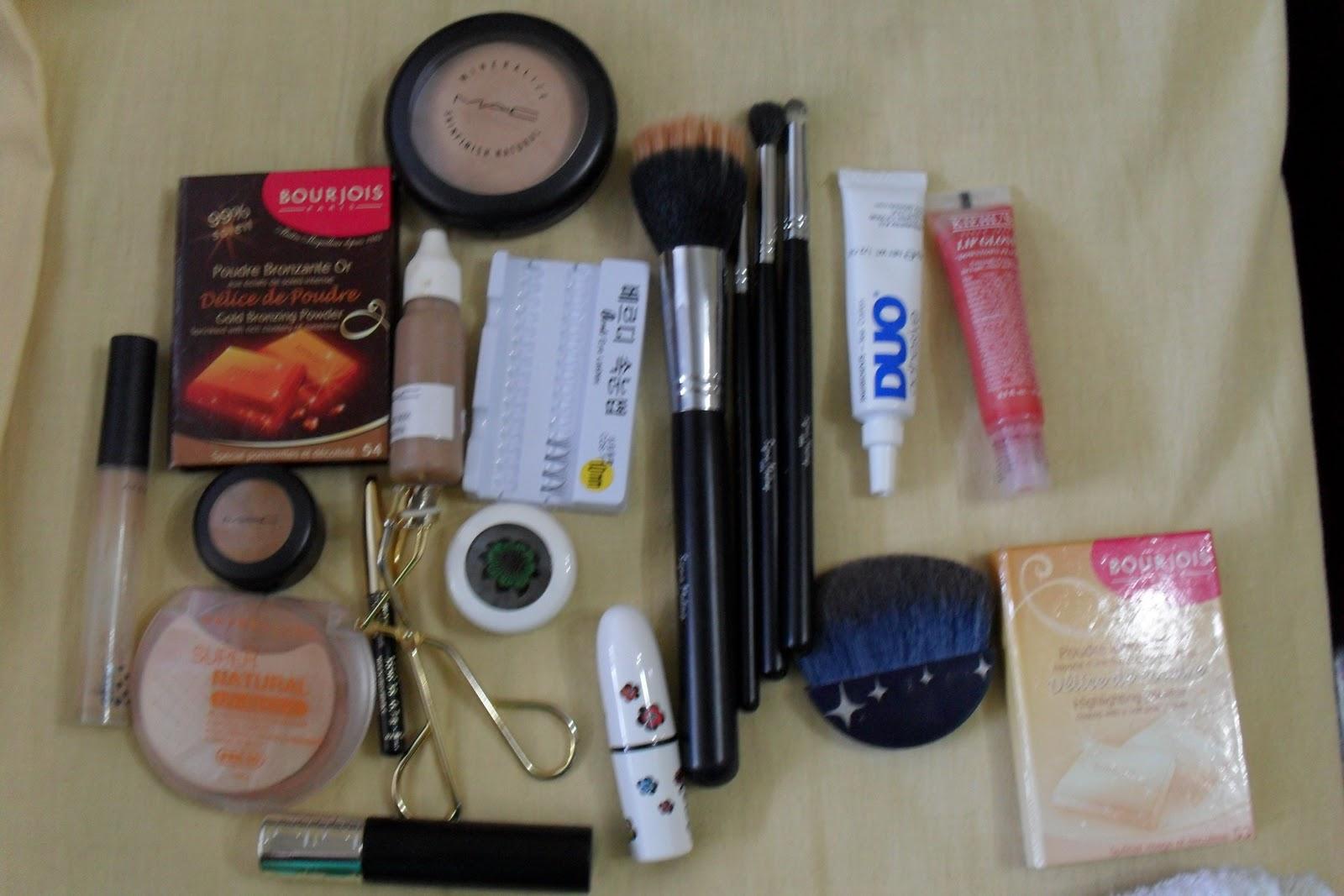 http://3.bp.blogspot.com/_3yCte8W4Xb8/TUIg76xcITI/AAAAAAAAAdg/IsP6Eyysqx8/s1600/olivia.JPG