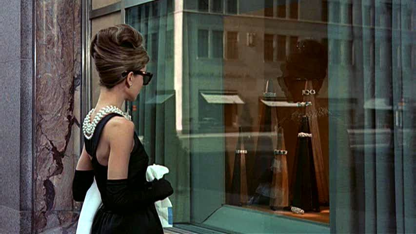 We just had our first glimpse of Audrey Hepburn as Holly Golightly