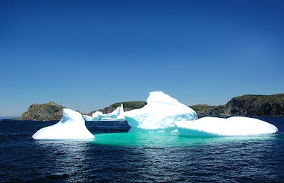 Amazing Iceberg miracle photos - very cool picture
