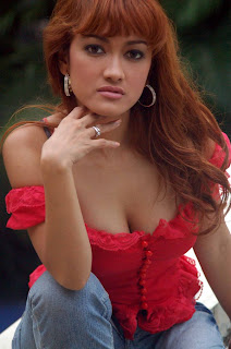 julia perez of indonesia or more popularly known as jupe as she is ...
