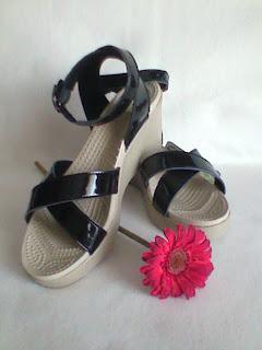 3b3e23b12b538a RIO - RM90 pair. COLOUR  PURPLE KHAKI AVAILABLE SIZE  W6
