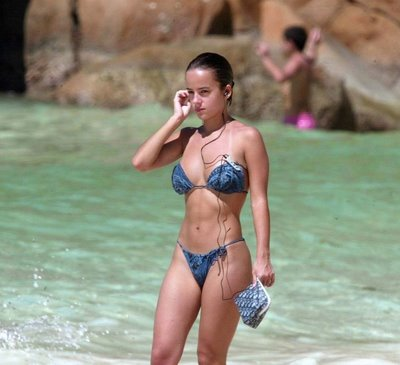 Alizee sexy bikini