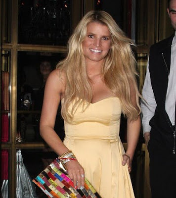 pictures of jessica simpson hairstyles. Jessica Simpson#39;s hair is a
