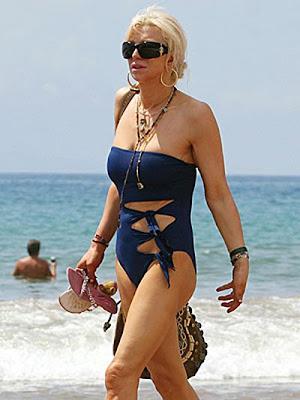 Cynthia Nixon Bikini Photo | NFL Football Games