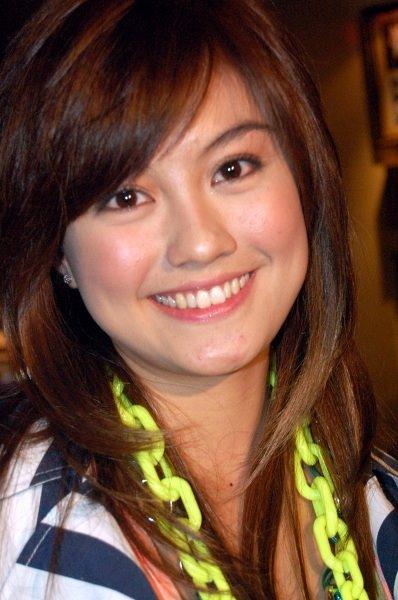 Agnes Monica Indonesia Pop Singer
