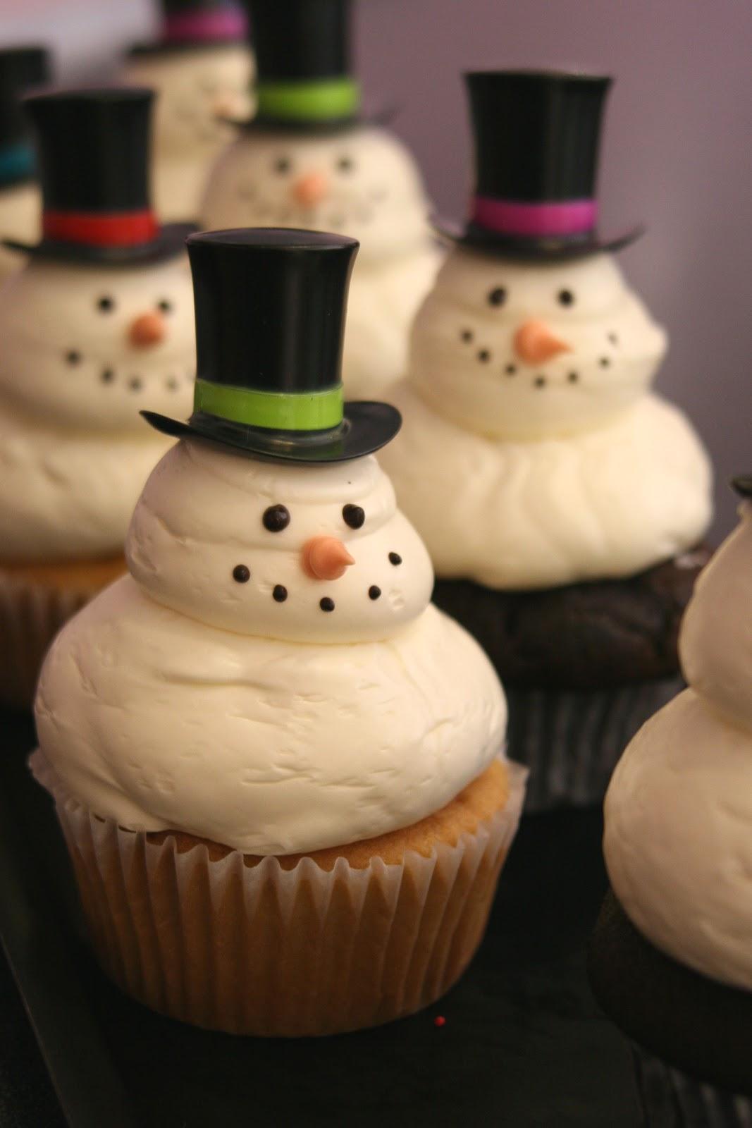 Dessert Works Bakery: December 2010
