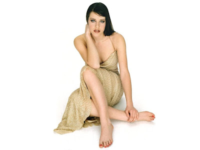 Michelle Ryan hot images