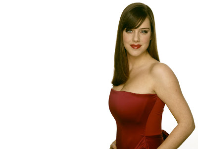 Michelle Ryan Top gallery photos
