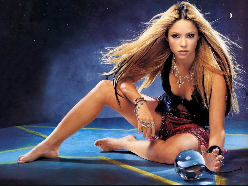 shakira%252Bhot%252Band%252Bsexy%252Bwallpapers leather puppy