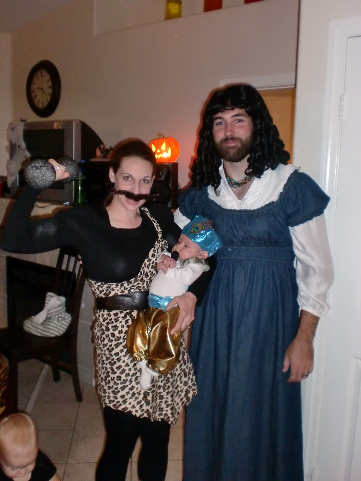 halloween costumes for bearded guys