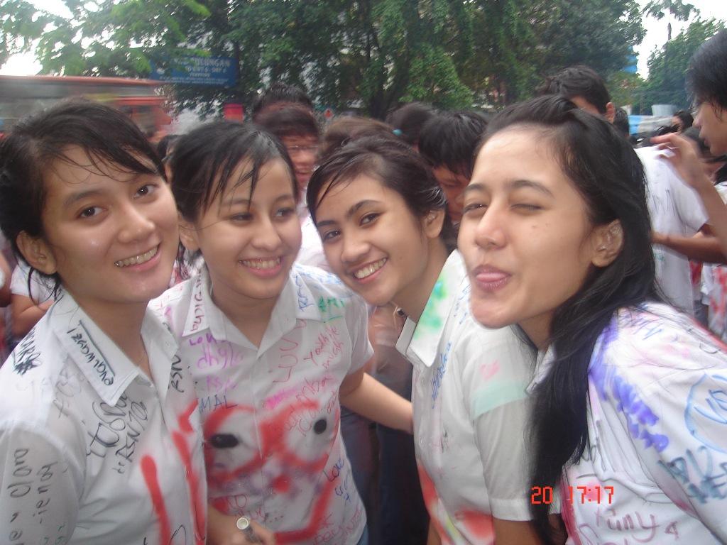 Siswi SMA Nakal Bugil Pamer Tubuh Mulus Memek toge montok | foto Hot | Foto Bugil | Cewek Bispak | Cewek SMP | ABG Sexy