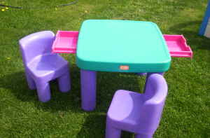 Used little tikes table and chairs panorama motor inn newcastle