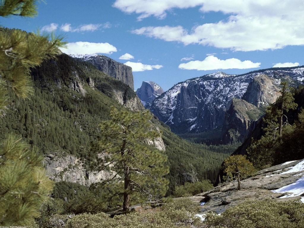 http://3.bp.blogspot.com/_48GkD_IYTMo/S_EMyJRz5TI/AAAAAAAAAO4/69bzGwWJr2Q/s1600/Valley_Vista,_Yosemite_National_Park,_California.jpg