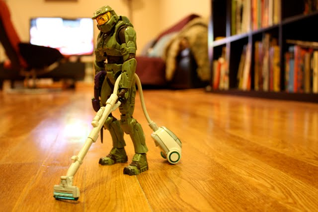 HALO, Master Chief Off Duty, clean up room