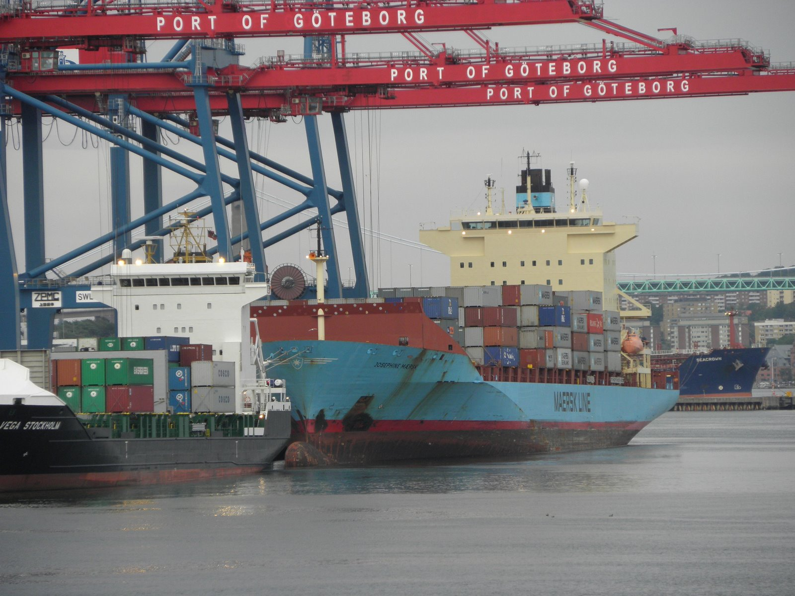 [josephine+maersk+17-07-09+gotenborg+2.JPG]
