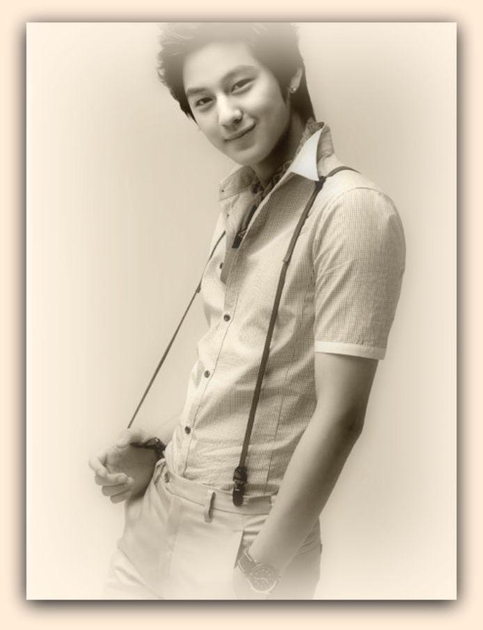 de una sonrisa muy especial nacido en corea del sur el 7 de julio