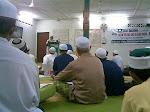 foto hari ini 02 - Penulis mendengar tazkirah Ramadhan dari Us. Bakar Chik.