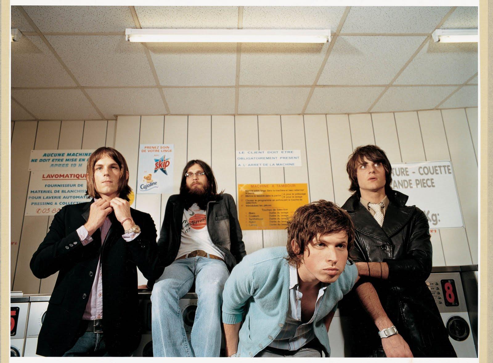 Arcade Fire / LCD Soundsystem - Poupée De Cire, Poupée De Son / No Love Lost