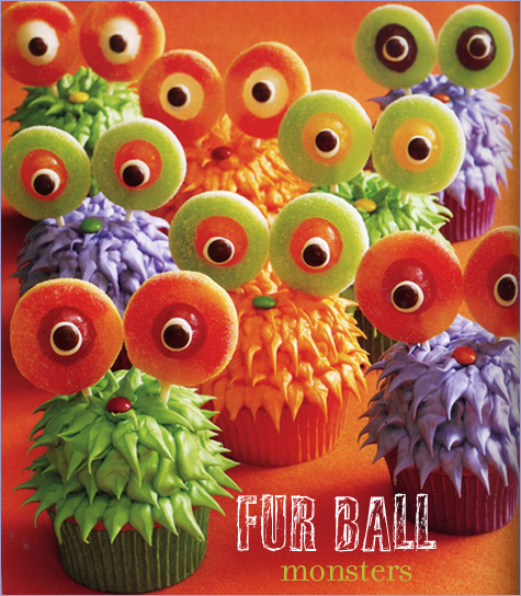 Cute Cupcakes For Boys Birthday http://topthatcake.blogspot.com/2010/10/happy-halloween-cute-cupcake-ideas.html