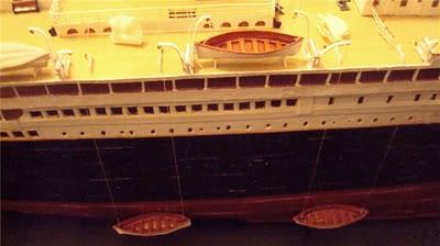 Amazing Titanic Model Made Of Paper