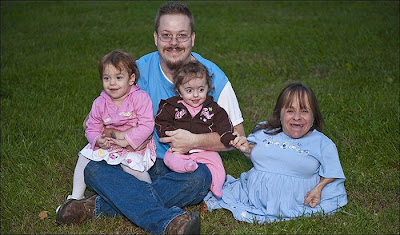 Unbeliveable - World's Smallest Women Is Pregnant