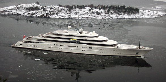 Private fixer pr superyacht eclipse world 39 s largest for Largest private boat
