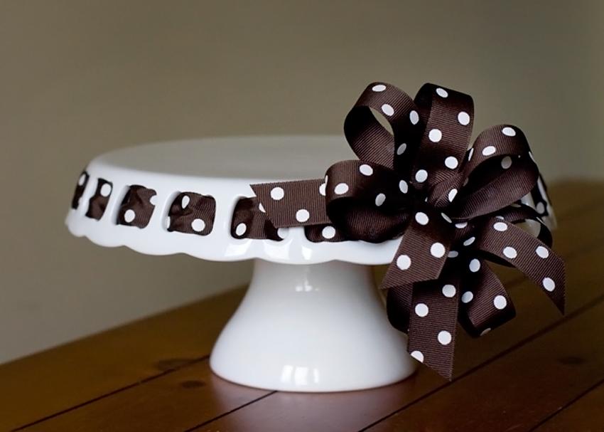 Vanilla Lily Cake Design Cake Pedestal Hire