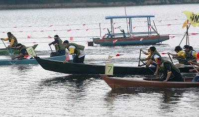 Foto Riau Danau Buatan Festival - Canoe Race 2