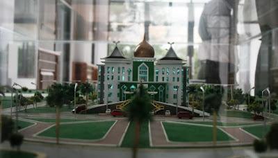 The Miniature Office of UIN Suska Head Foto gedung rektorat UIN Suska Riau