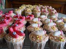 Baby Fullmoon Cupcake Design