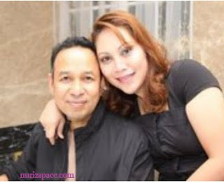 tan sri Rozali bersama isteri pertama beliau, Pn sri Faridah