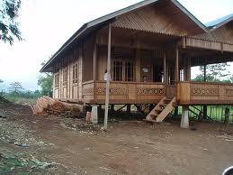 http://3.bp.blogspot.com/_4GtM0rPcLVA/TS04Cxut9ZI/AAAAAAAAAYg/hzZ_5dytlq0/s1600/Rumah+adat+Bolaang+Mongondow.jpeg