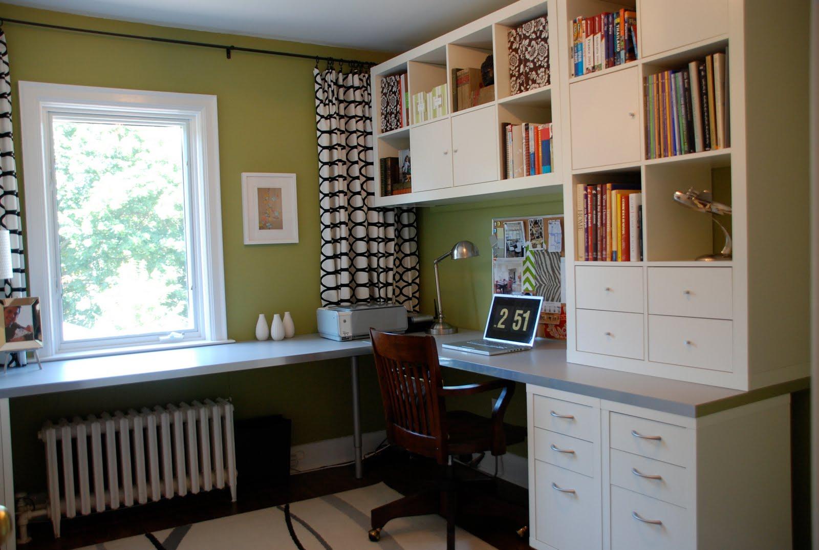 Как сэкономить пространство для домашнего офиса - фото идеи.
