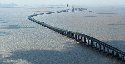 "32.5 km Donghai Bridge (literally ""East Sea Grand Bridge"") in China"