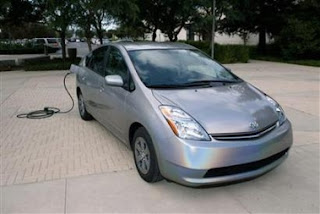 Toyota plug-in hybrid in 2010