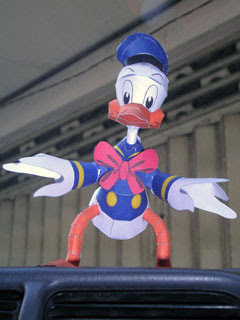 Donald Duck Papercraft