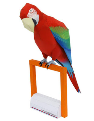 Green-winged Macaw Papercraft