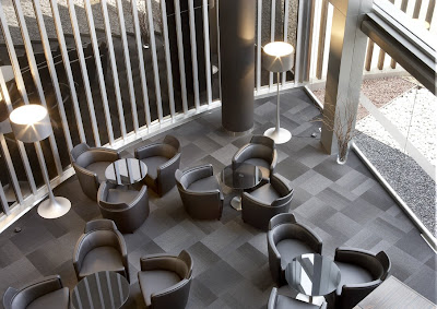 el vestíbulo del hotel AC Som de l'Hospitalet de Llobregat