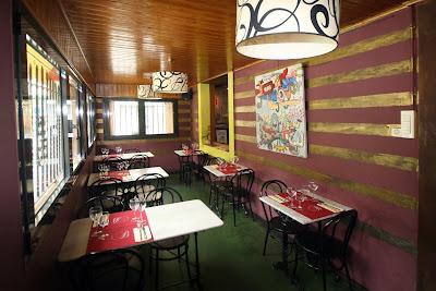 Comedor pequeño del restaurante la Bodegueta de l'Hospitalet