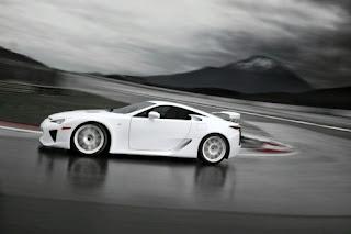 [O som] Lexus LFA, som pela Yamaha Lfa