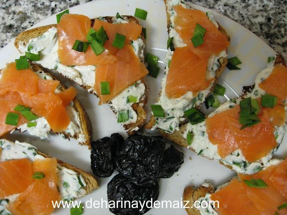 dip-de-queso-de-cabra-y-salmon-ahumado