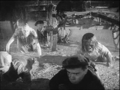 Tod Browning. Freaks. crawling in mud