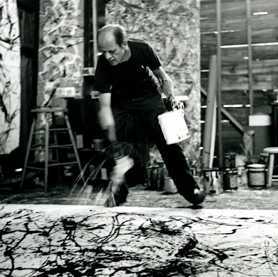 Pollock. photo throwing paint