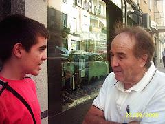 Agustín Tamames y yo en plena entrevista