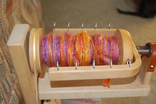 handspun yarn wool spinning wheel