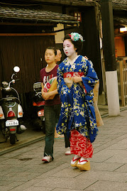 maiko in Gion - Kyoto