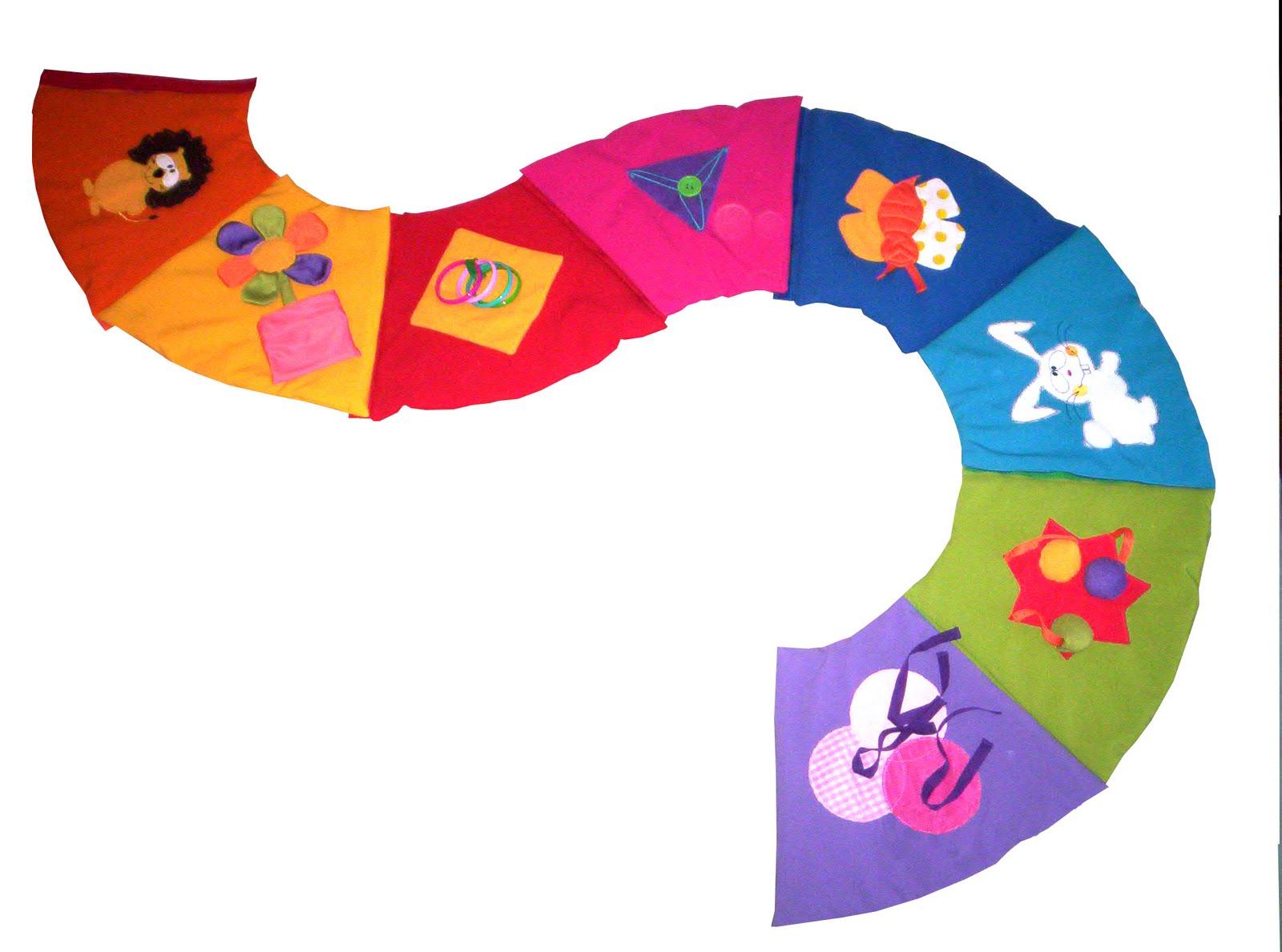 aca una muestra de los juegos para creados en diversas telas mezclando colores y texturas para el aprendizaje de los nios