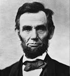 Abraham Lincoln 2ª víctima de la maldición  y 1º  en morir asesinado.